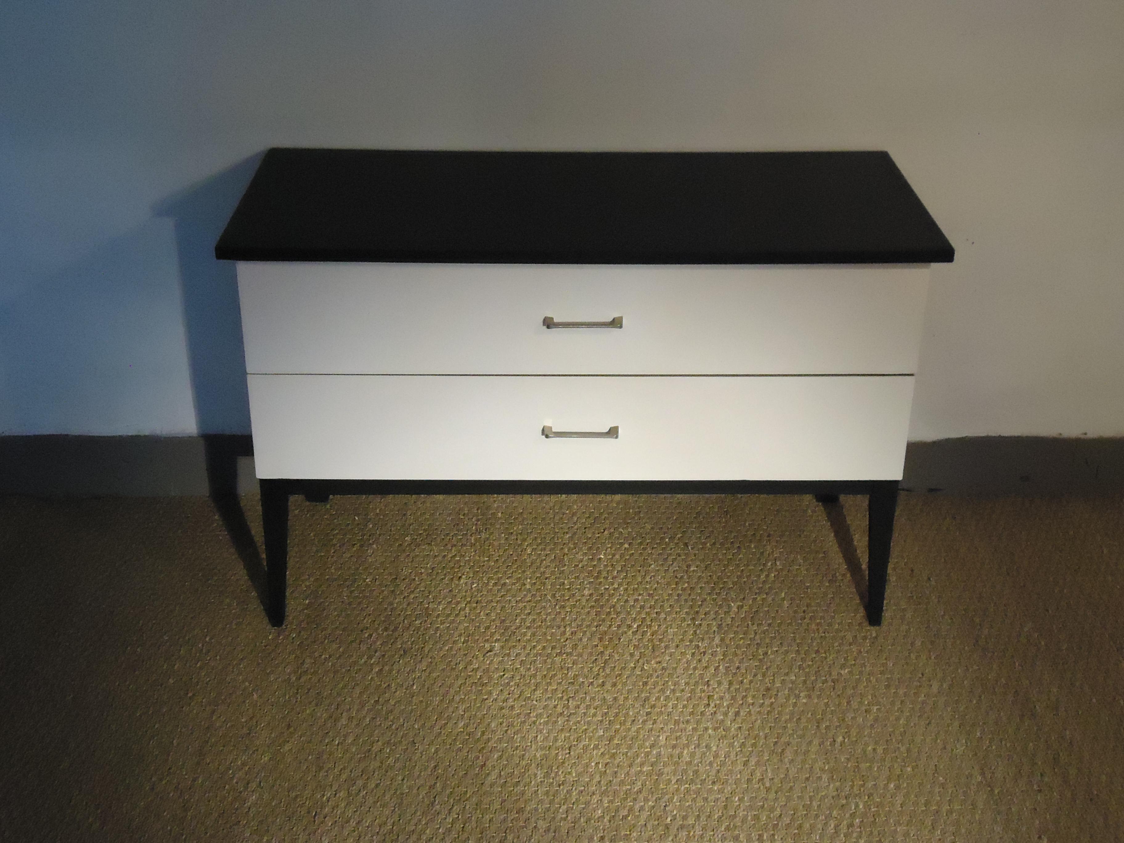 commode basse 1960 vendu lu bee. Black Bedroom Furniture Sets. Home Design Ideas