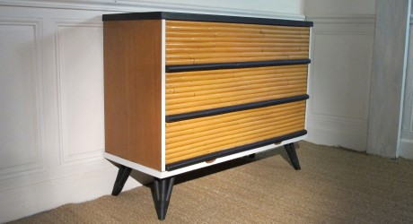 grande commode en bambou vendu lu bee. Black Bedroom Furniture Sets. Home Design Ideas