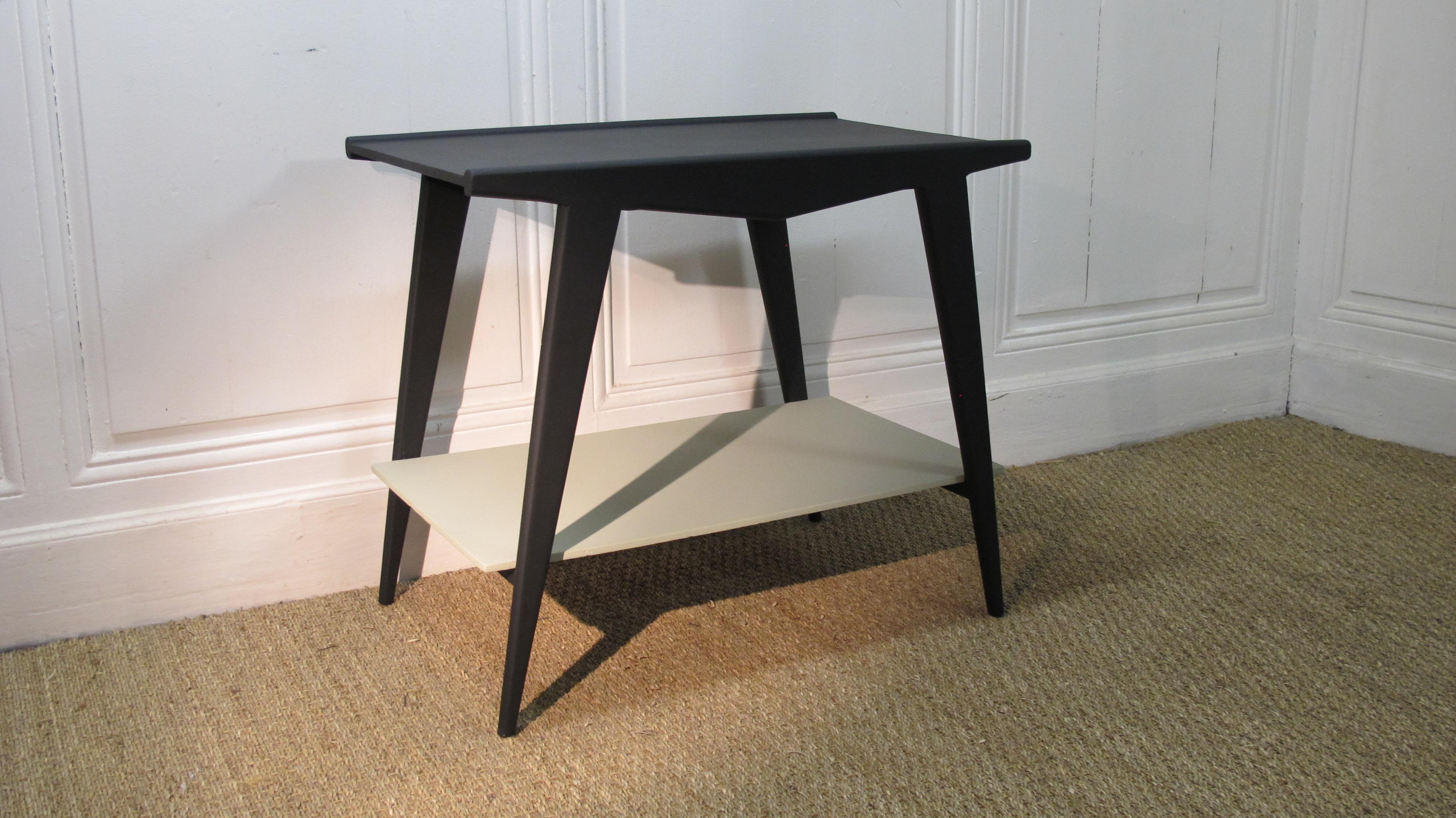 table basse vintage pieds compas vendu lu bee. Black Bedroom Furniture Sets. Home Design Ideas